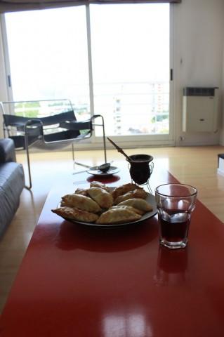home made empanadas, Chicha morada et maté