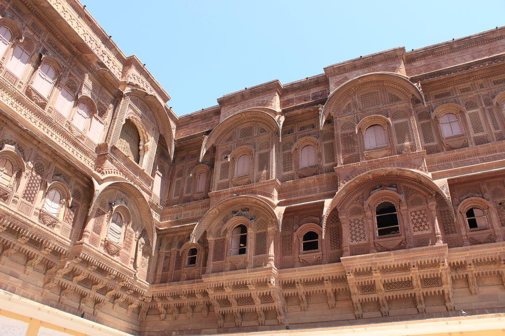 détails des balcons de la citadelle