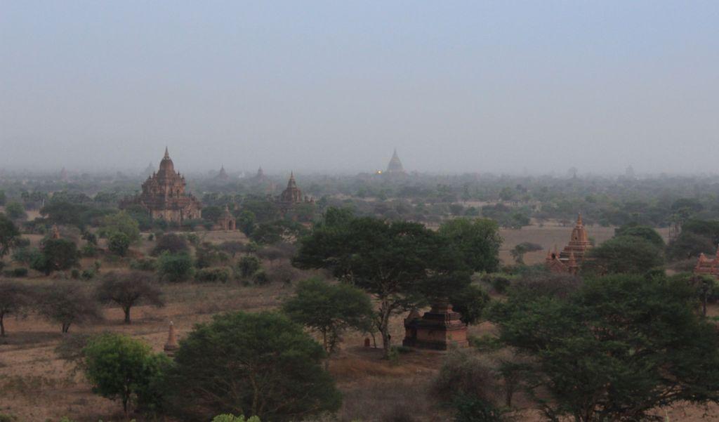 Bagan le soir