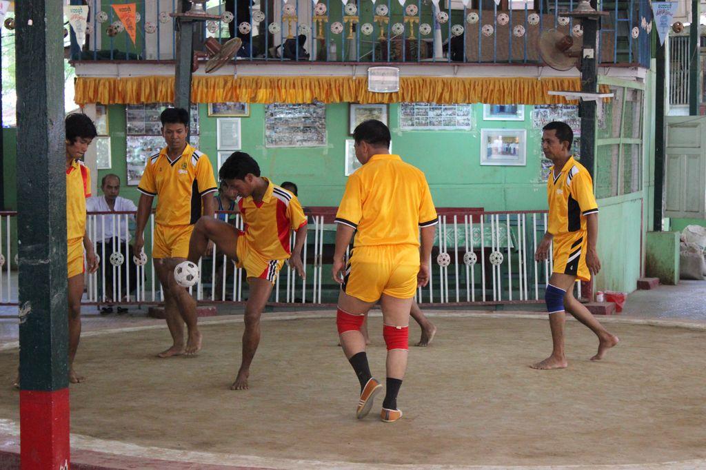 démo de foot birman