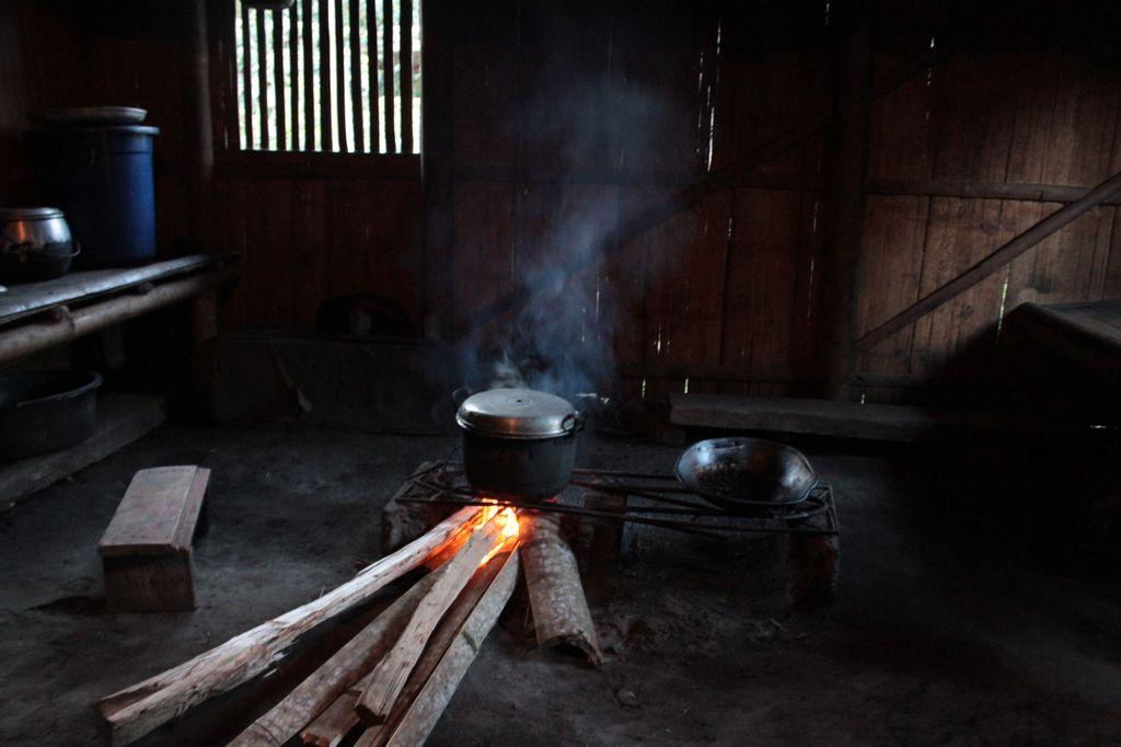 village de Wogo: la cuisine de Maria