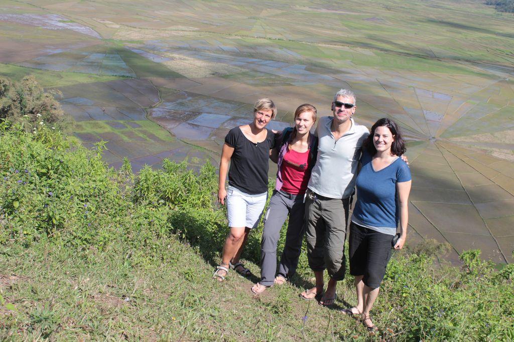 la fine équipe devant les spider rice fields